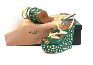 ALAÏA Retail Sexy And Comfy Green Wedges