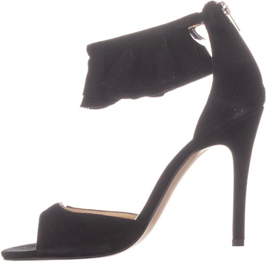 Ivanka Trump Black Pumps Image 3