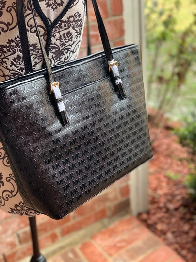 MICHAEL Michael Kors Tote in Black Image 5