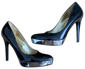 Gucci black patent leather with mirror-shine gold-tones metal platform  Platforms a83c028f2b