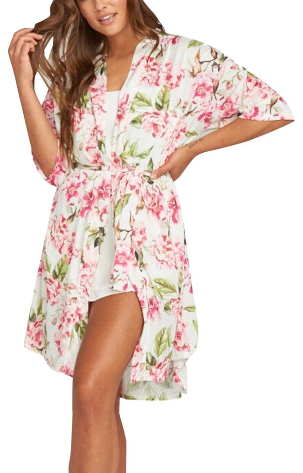 e5d36bb372 Show Me Your Mumu Floral Brie Robe Cover-up/Sarong Size OS (one size ...