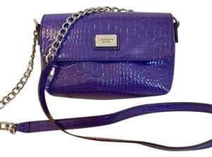 9209cc1bb586 Liz Claiborne Bags - Up to 90% off at Tradesy