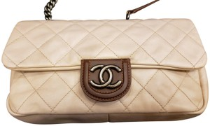 9ffd8c16a7 Beige Chanel Bags - 70% - 90% off at Tradesy (Page 6)