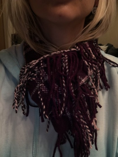 Burberry Authentic Buberry plum happy scarf Image 1