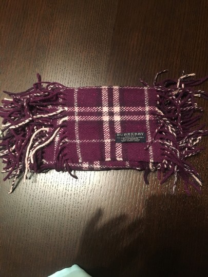 Burberry Authentic Buberry plum happy scarf Image 3
