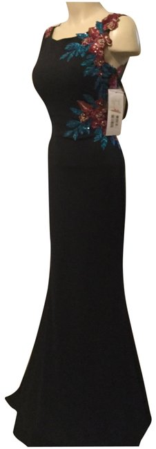 Item - Multi Fitted Gown Long Formal Dress Size 2 (XS)