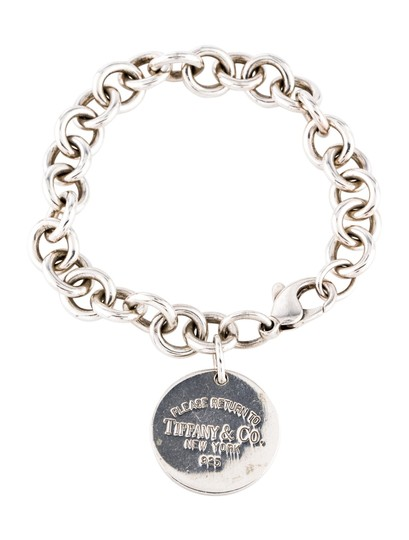 Preload https://img-static.tradesy.com/item/25028358/tiffany-and-co-silver-return-to-circle-bracelet-0-0-540-540.jpg