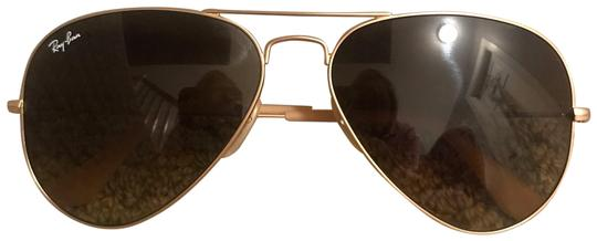 736d261ba5220 Ray-Ban Gold with Brown Gradient Lenses Aviator Rb3025 112 85 58-14  Sunglasses