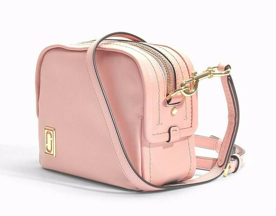 Marc Jacobs The Mini Squeeze Leather Designer Dusty Blush Cross Body Bag Image 2