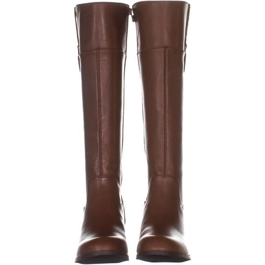 A35 Brown Boots Image 4