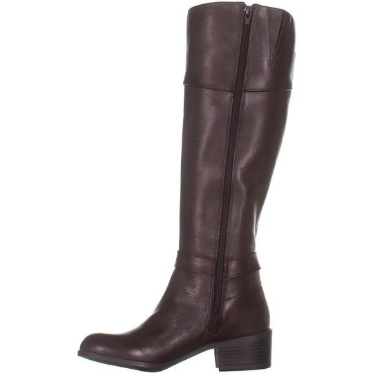 A35 Brown Boots Image 2