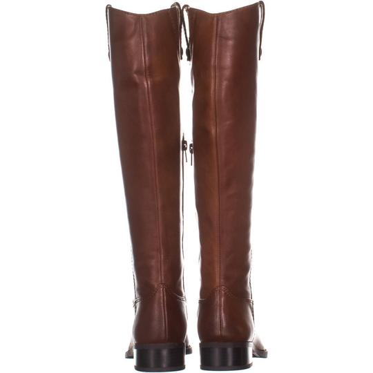 I35 Brown Boots Image 4