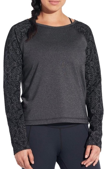 Preload https://img-static.tradesy.com/item/25029400/blackgray-by-carrie-underwood-limited-edition-velvet-pieced-pullover-medium-activewear-top-size-8-m-0-1-650-650.jpg