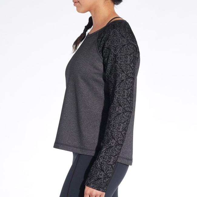 Calia NWT Calia by Carrie Underwood Limited Edition Velvet Pieced Pullover Size Medium Image 2