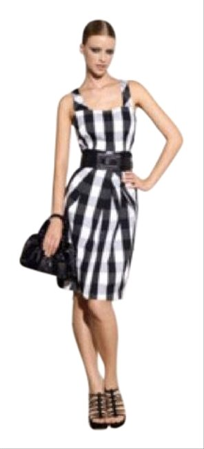 Preload https://img-static.tradesy.com/item/25029548/karen-millen-black-and-white-gingham-pencil-workoffice-dress-size-4-s-0-1-650-650.jpg