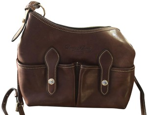 991723bf21 Dooney   Bourke Bags on Sale - Up to 70% off at Tradesy
