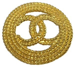 Chanel Vintage rope cutout CC broche