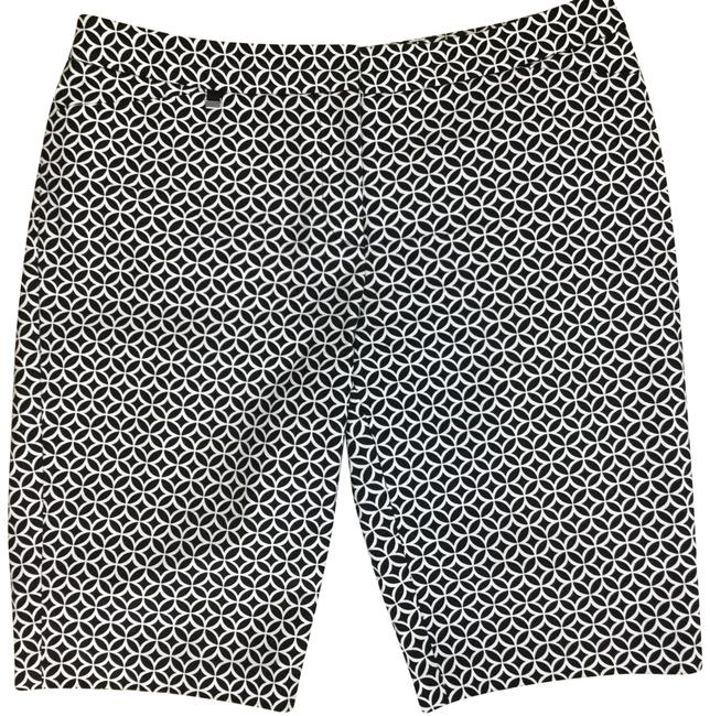 Preload https://img-static.tradesy.com/item/25030056/white-house-black-market-shorts-size-4-s-27-0-1-650-650.jpg