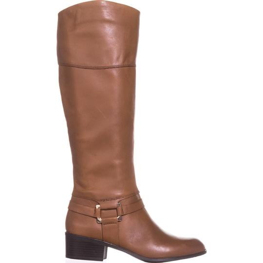 A35 Brown Boots Image 5