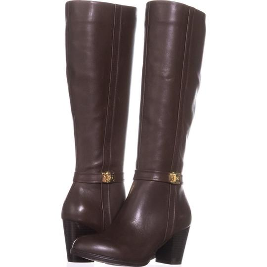 GB35 Brown Boots Image 1