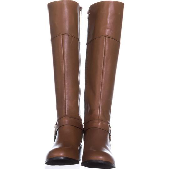 A35 Brown Boots Image 1
