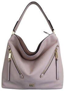 6d15522a06c9 Michael Kors Bags on Sale - Up to 70% off at Tradesy