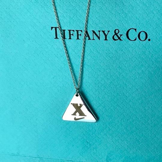 Preload https://item3.tradesy.com/images/tiffany-and-co-silver-nike-women-s-2013-san-francisco-marathon-pendant-on-18-chain-new-necklace-25030402-0-9.jpg?width=440&height=440