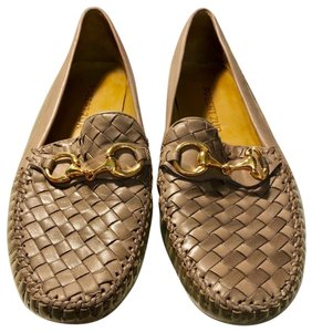 Robert Zur Patent Leather Buckle Gold Crosshatch taupe Flats