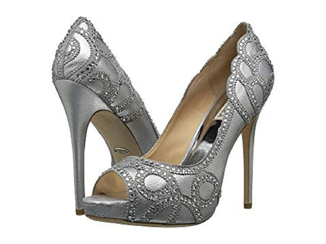 Item - Silver Witney Pumps Size US 9 Regular (M, B)