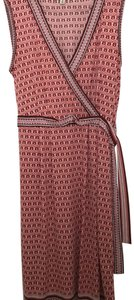 """Max Studio short dress 95% polyester 5% spandex 37"""" shoulder to hem 10"""" shoulder to under arm 13-1/2 shoulder to shoulder 24"""" waist (with give) Burgundy, mauve, blue, white on Tradesy"""