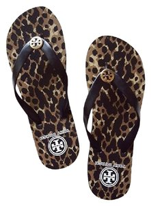 9883b652a03f2 Tory Burch Flip Flops - Up to 70% off at Tradesy