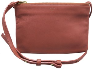 Céline Crossbody Bags - Up to 70% off at Tradesy 2b94bd8389fd1