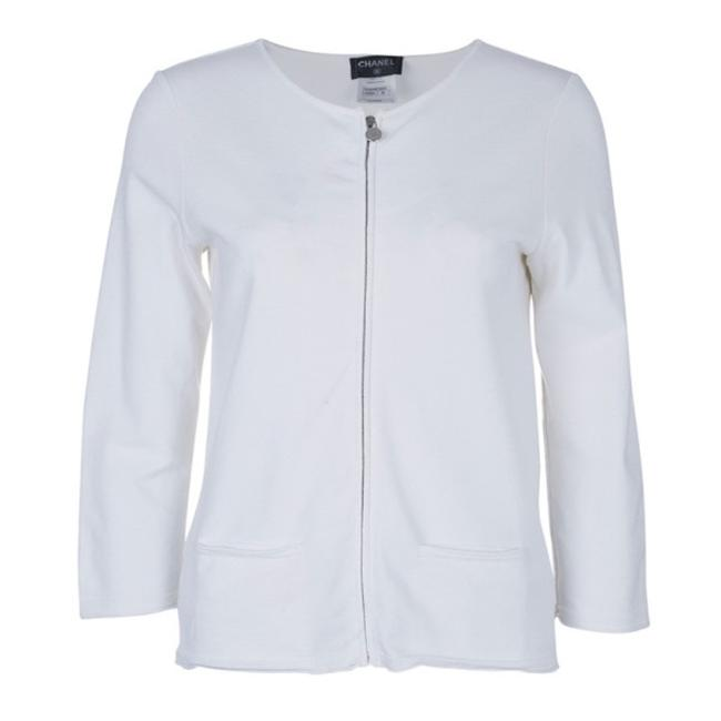 Preload https://img-static.tradesy.com/item/25035395/chanel-white-zip-front-knit-activewear-outerwear-size-8-m-0-0-650-650.jpg