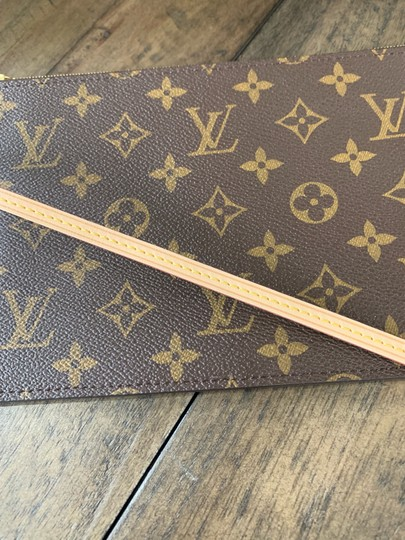 Louis Vuitton Pouch Wallets Clutch Zippy Monogram Handbags Wristlet in Brown