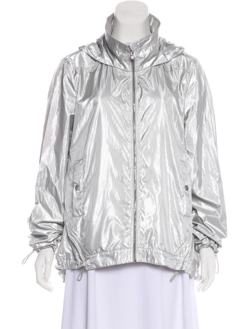Preload https://img-static.tradesy.com/item/25036390/chanel-silver-new-2016-runway-hooded-jacket-size-14-l-0-0-650-650.jpg