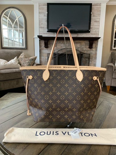Preload https://img-static.tradesy.com/item/25036479/louis-vuitton-neverfull-like-new-never-used-mm-dustbag-tags-beige-brown-monogram-canvas-leather-tote-0-0-540-540.jpg