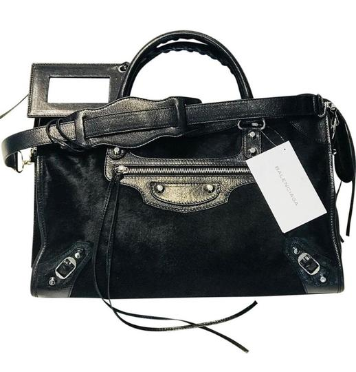 Preload https://img-static.tradesy.com/item/25036498/balenciaga-hair-city-black-leather-tote-pony-fur-hobo-bag-0-0-540-540.jpg