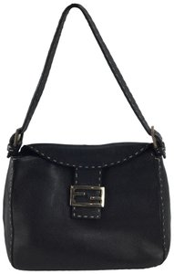e673d4f64b Fendi Selleria Bags - Up to 70% off at Tradesy (Page 2)