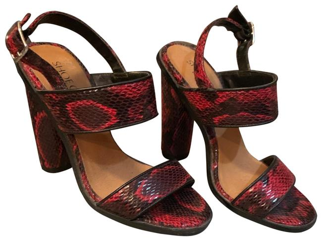 Item - Red Snakeskin Cult By Sandals Size EU 37 (Approx. US 7) Regular (M, B)