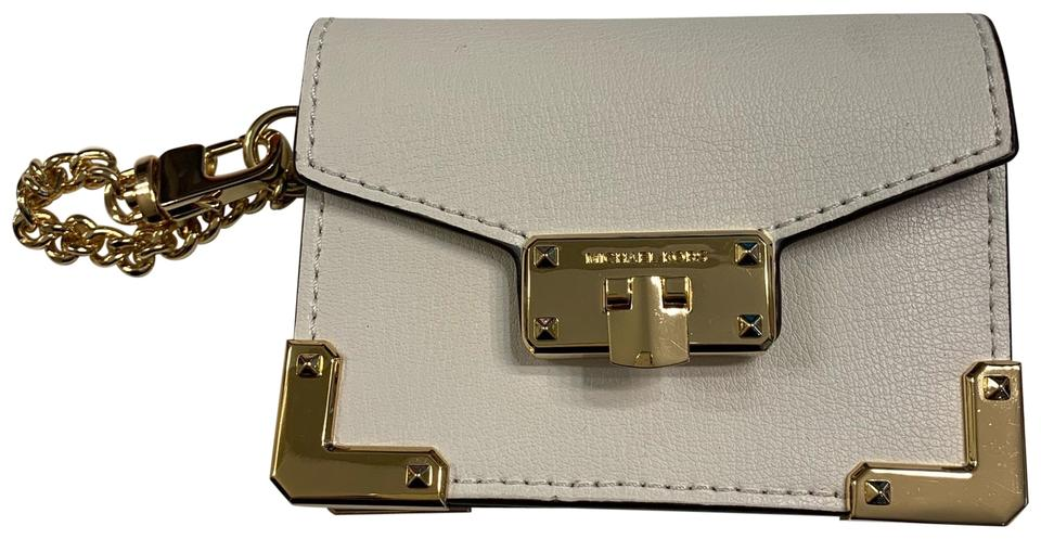 a7430013310c Michael Kors Kinsley Optic White Accordion Credit Card Holder Mini Wallet  Image 0 ...