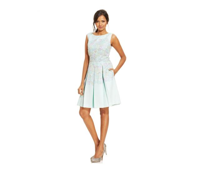 Item - Pastel Mint Green and Lilac Box & Pleated Textured Euc Short Casual Dress Size 6 (S)