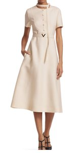 2019 SPRING/ SUMMER , Creme white Maxi Dress by Valentino Collection Shortsleeve Midi Belted