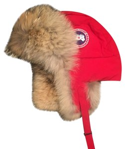 Canada Goose Men's Red Aviator Hat Sz L / XL with Real Coyote Fur