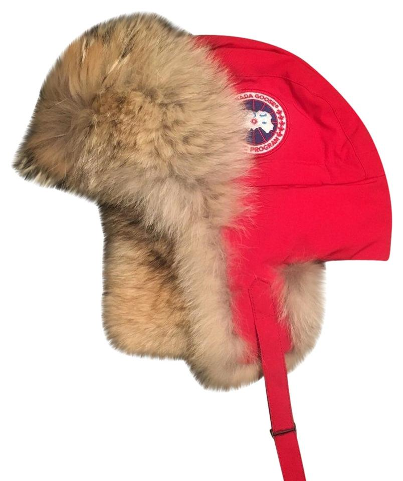 7157fdbc0c624e Canada Goose Men's Red Aviator Hat Sz L / XL with Real Coyote Fur Image 0  ...