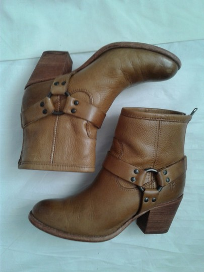 Frye Harness Ankle Leather Rubber Sole Stacked Heel Camel Boots Image 2