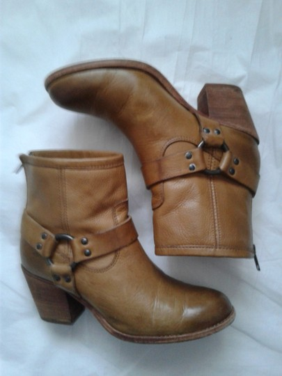 Frye Harness Ankle Leather Rubber Sole Stacked Heel Camel Boots Image 3