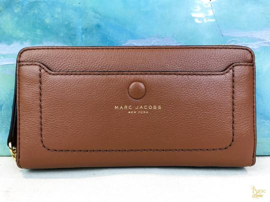 Marc Jacobs Marc Jacobs Empire City Brown Snap Front Zip Around Continental Wallet