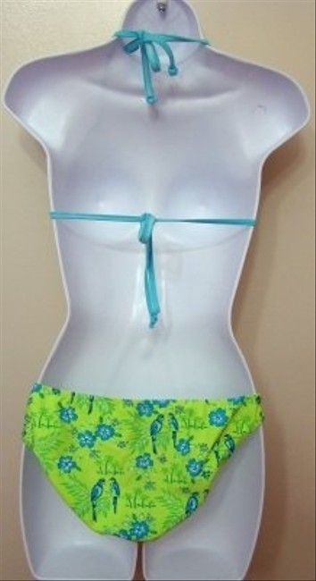 2B Wet 2 B Wet USA - Green 2 Piece Tropical Floral Low Ri