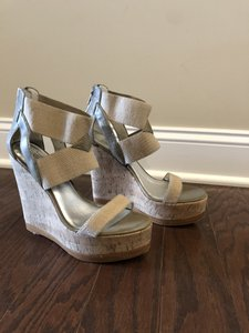 Pelle Moda Natural Wedges