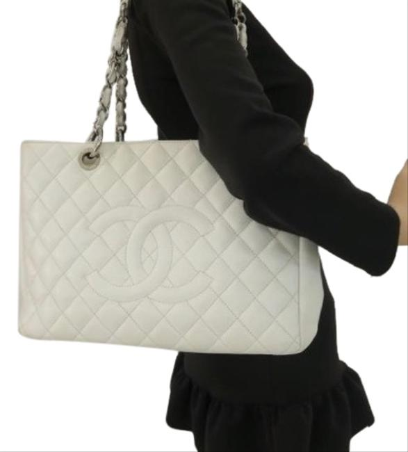 Item - Shopping Tote Gst In Near Mint Condition White with Silver Hardware Lambskin Leather Shoulder Bag